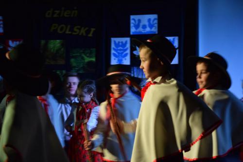 dzienpolski2018-15